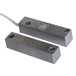 Sensore-Magnetico-Allarme-per-Porte-Antifurto-Finestre-Casa-Contatto-REED-CSA
