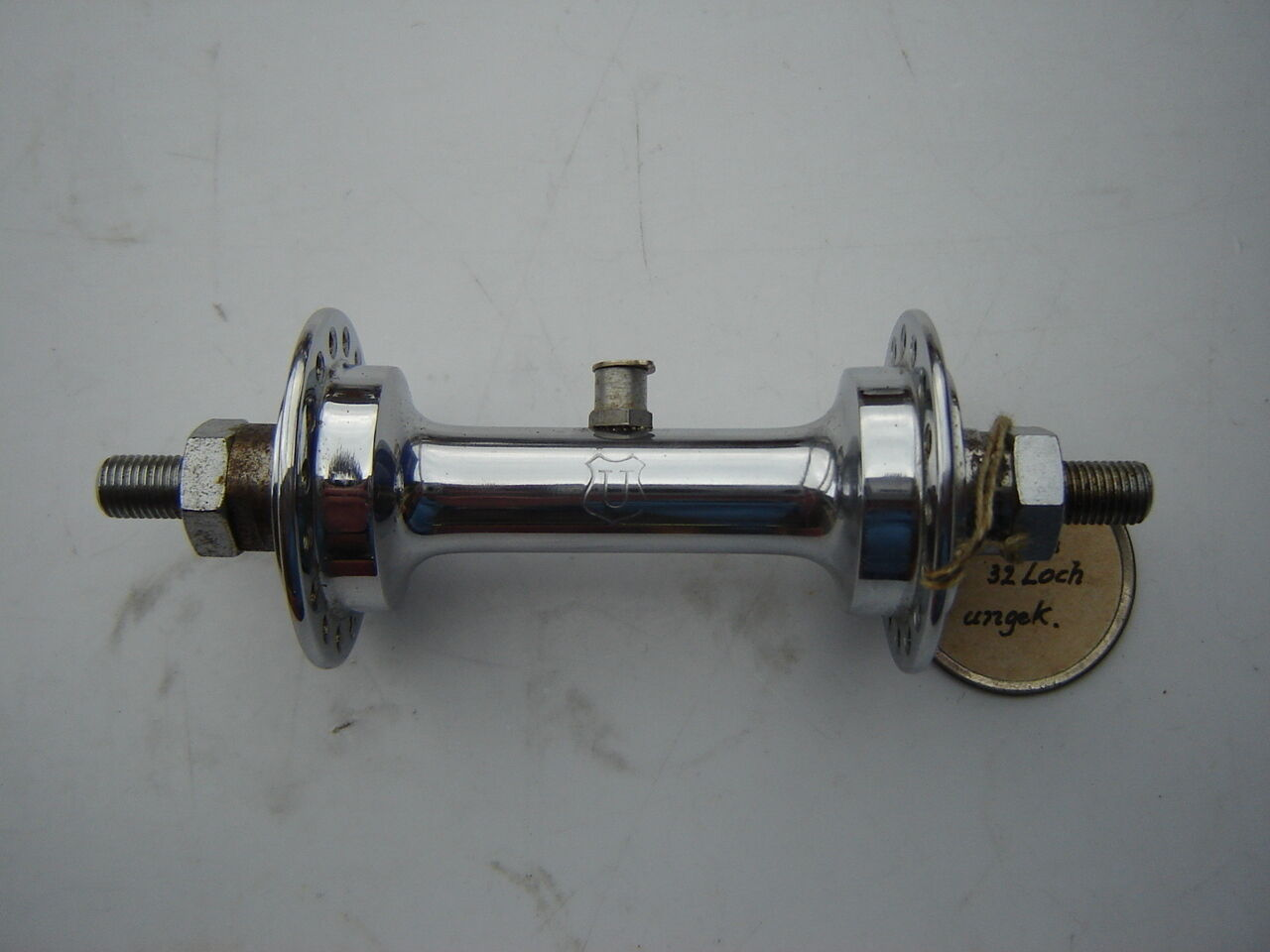 UNION CHROME STEEL FRONT HUB - 32 H - SMALL FLANGE - WITH OIL PORT - NOS