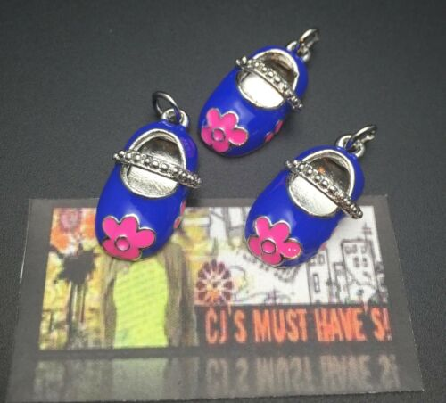 FINDINGS ✿ BLUE MARY JANES GIRL SHOES QUALITY PENDANT CHARMS WITH PINK FLOWERS
