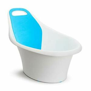 Munchkin-Sit-and-Soak-Baby-Bath-Tub-with-Built-In-Support-Bump-and-Padded-Foam