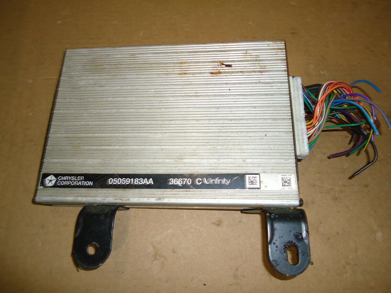 Genuine Chrysler 5035026AA Electrical Amplifier