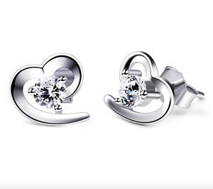 Orecchini-da-donna-con-cuore-in-argento-925-con-zircone-al-lobo