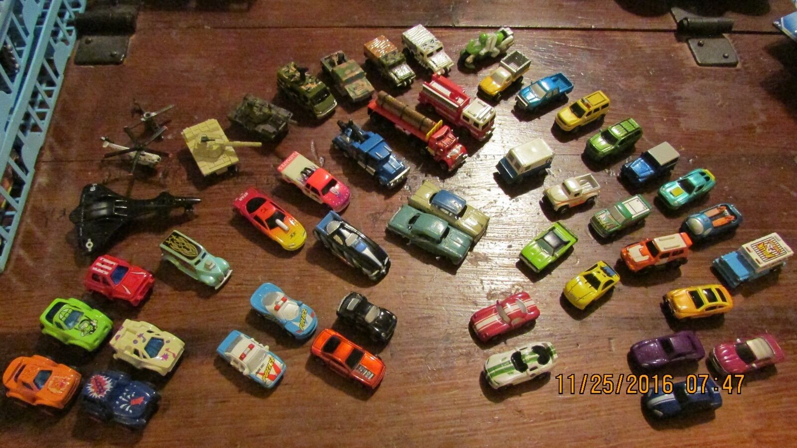 HOT WHEELS WHEELS WHEELS & OTHER DIECAST MINI LOT OF 50 CARS IN NICE CONDITION 566135