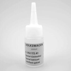 Original-VW-Audi-Spezial-Gleitmittel-Cabrio-30ml-PE-Flasche-G052172A1