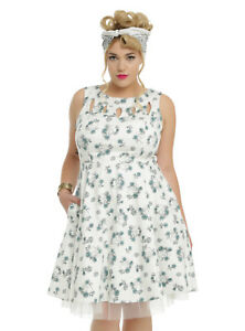 HOT TOPIC RETRO CHIC WHITE SKULL & FLORAL PLUS SIZE DRESS W/ TULLE ...