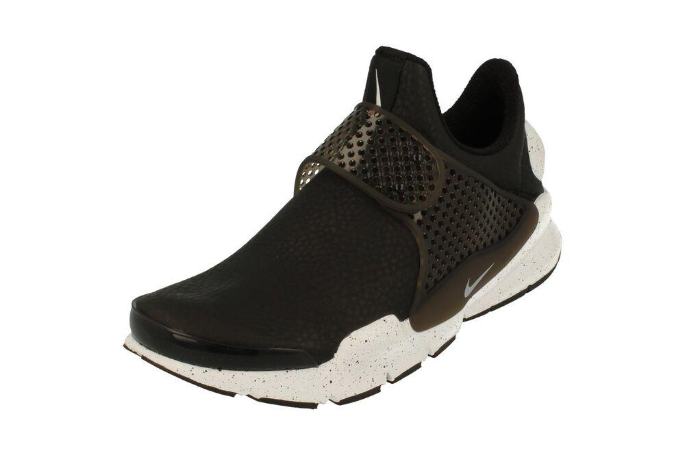 new concept 575cf 0eac0 Nike Femmes Chaussette Fléchette Prm Basket Course 881186 Baskets 001 de  Chaussures de 001 sport pour