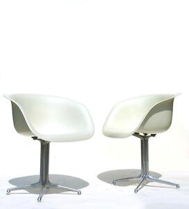 Image Is Loading CHARLES EAMES Shell Chair Herman Miller White Fiberglass
