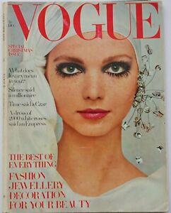 1968 Vogue 60s vintage fashion Bailey Cecil Beaton Peccinotti Susan Wood Hockney