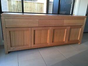 Australian-Made-Tasmanian-Oak-Hardwood-Timber-Veromont-Buffet-Side-Board