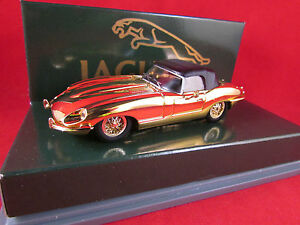 Corgi-Jaguar-E-Type-Soft-Top-Gold-Plated-Limited-Edition-New-amp-Boxed-02802
