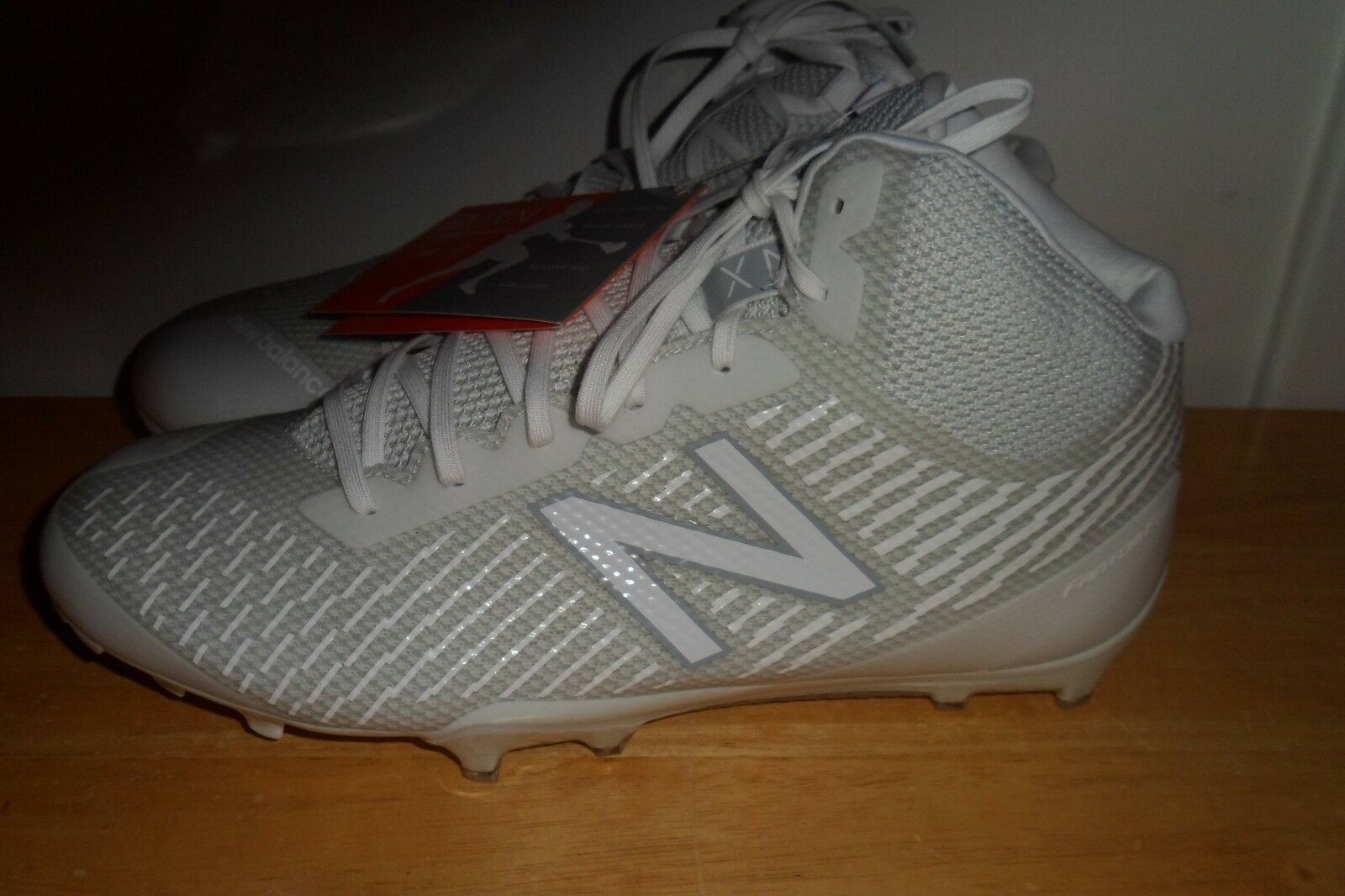 99.99 NWT 2017 NEW BALANCE Burn X Mid-Cut lacrosse BURNXMWT CLEATS MEN 6.5 D