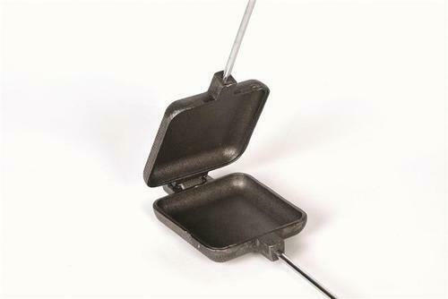 """Pie Maker 28/"""" Cast Iron Square Cookouts. Sandwich Camp Fire Cooker Camping"""