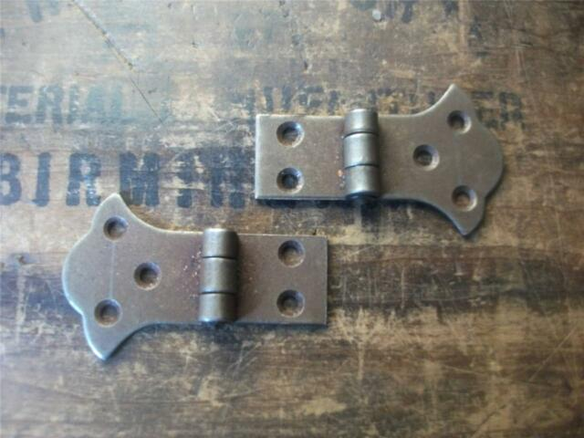 pair iron butterfly   RUSTIC GOTHIC TEE HINGES   shabby chic look (N1)