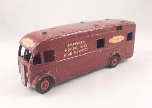 VINTAGE-DINKY-981-BRITISH-RAILWAYS-HORSE-BOX-LORRY-TRUCK-DIECAST-1954-MAROON