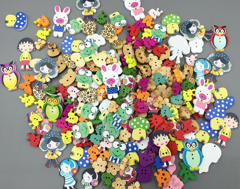 NEW 200PCS Mixed Cartoon Animal Girl Wooden Sewing Buttons Decoration 15-40mm