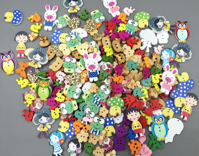 100 Pcs Mixed Color Animals Giraffe Wooden Sewing or Scrapbook Buttons enk007