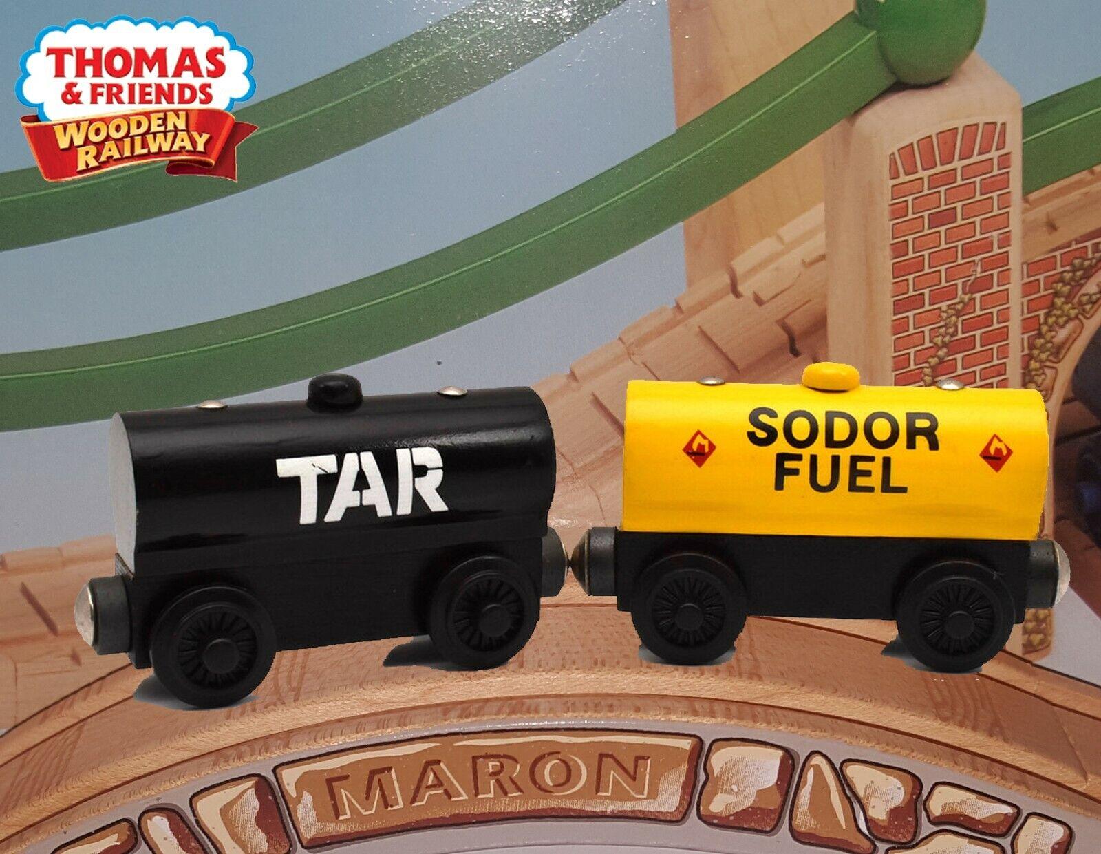 THOMAS & FRIENDS WOODEN RAILWAY  TAR TANKER & FUEL CAR  MINT NEW IN BOX RARE