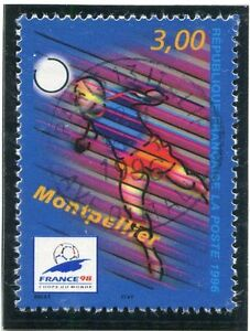 TIMBRE-FRANCE-OBLITERE-N-3013-FRANCE-98-FOOTBALL