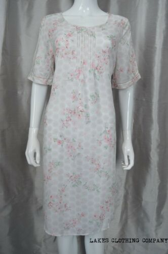 M/&S Ladies Pink Floral COTTON MIX Long Full Length Nightdress Nightie Size 10-22
