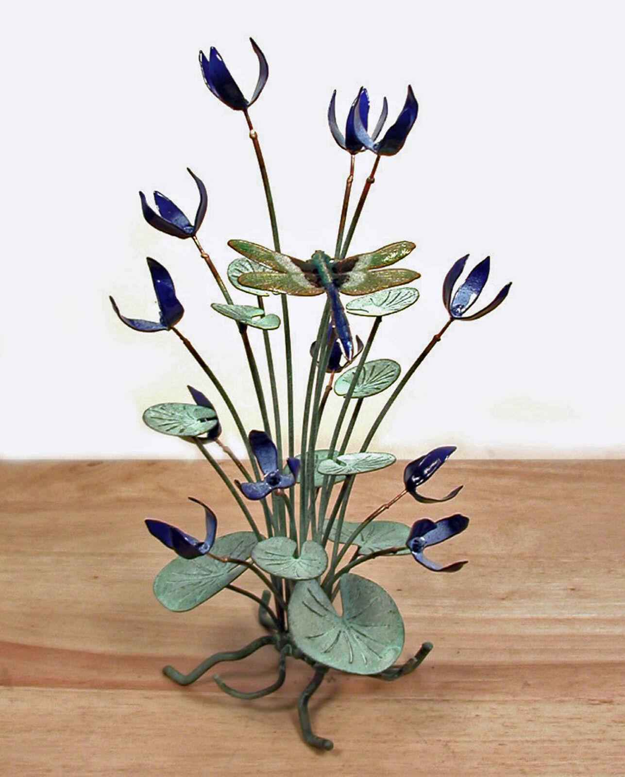 SCULPTURES SCULPTURES SCULPTURES -  DRAGONFLY AMIDST Blau FLOWERS METAL TABLETOP SCULPTURE - SMALL e3c073