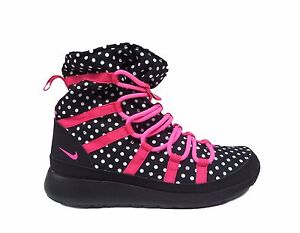 d1f345ecdd637 Nike Girls  Grade School ROSHE ONE HI PRINT Sneakerboots Black Pink ...