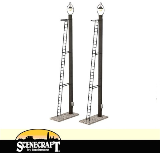 44-561 Scenecraft OO//HO Gauge Wooden Post Yard Lamps