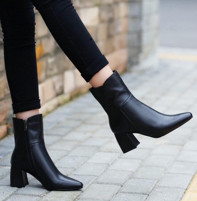 Sz 35 -39 donna Pointy Toe Leather  Ankle stivali High Chunky Heel Zip Knight scarpe  a buon mercato