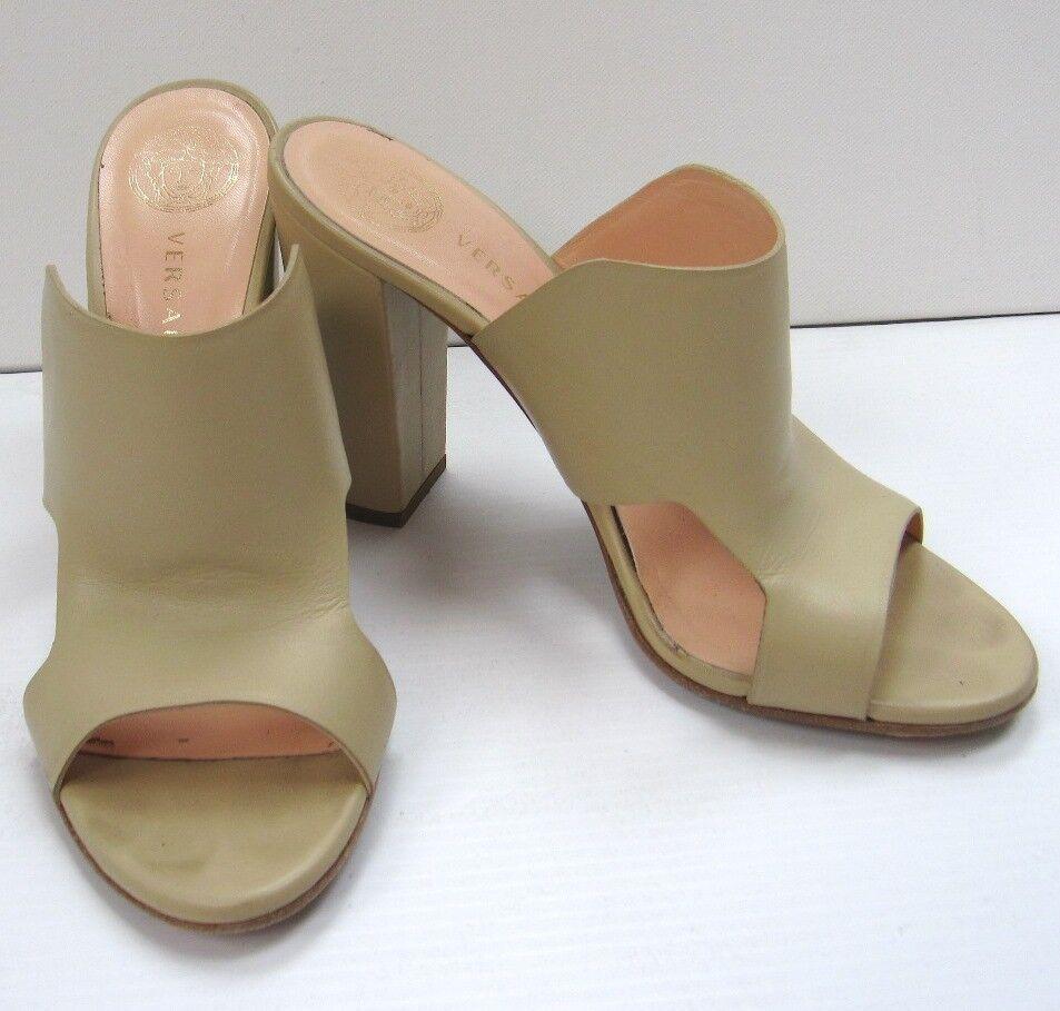 Versace Leather Slip-on Pumps Mules Heels scarpe Dimensione 38.5 Solid Ivory