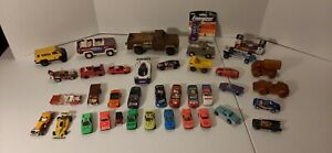 Vintage-Lot-Of-38-Tonka-Montgomery-Hot-Wheels-Nascar-Cereal-Tootsie-Toy-Cars