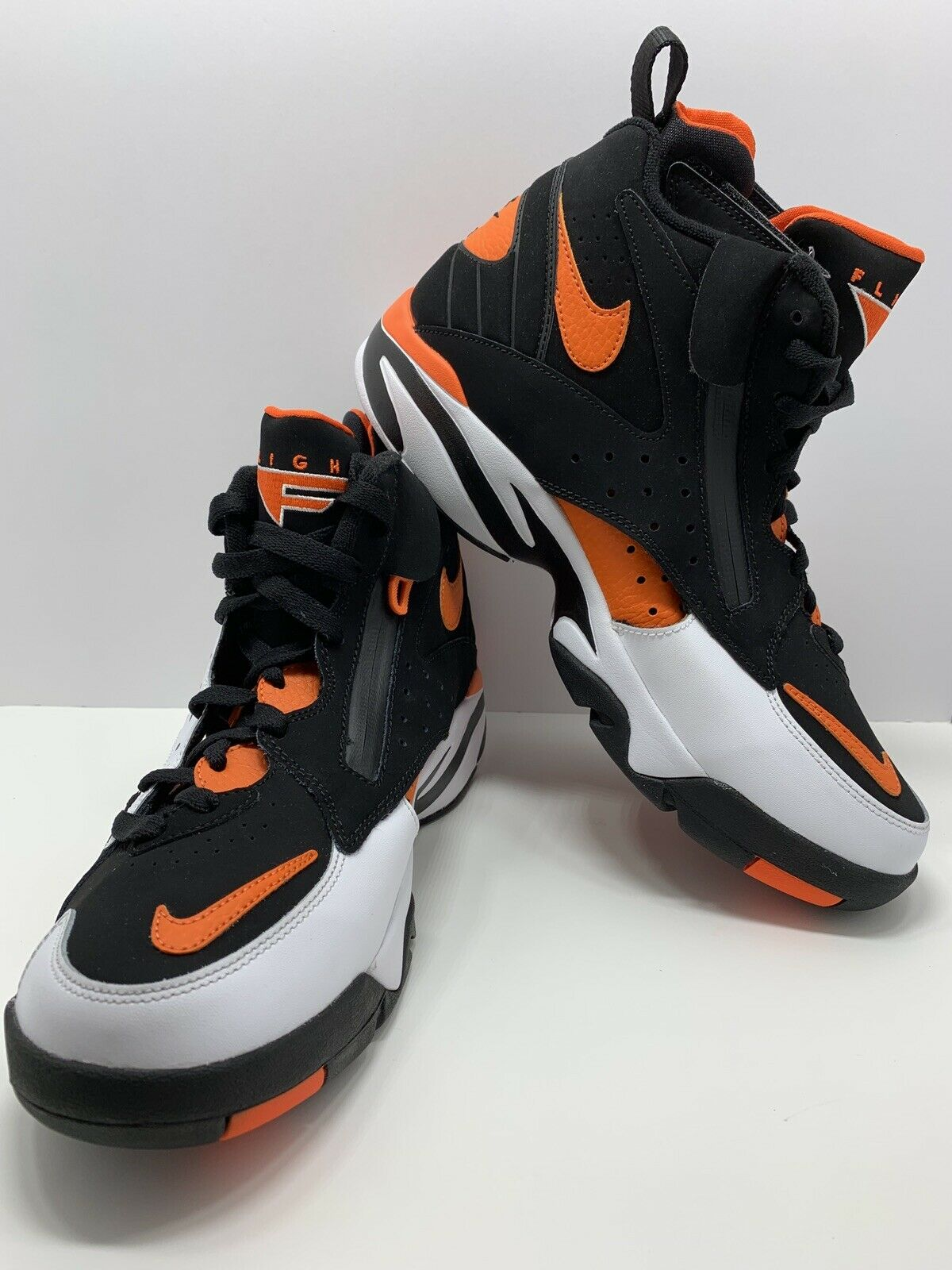 Nike Air Maestro II  LTD White Rush orange Black AH8511-101 size 11