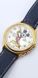 Vintage-Disney-Mickey-Mouse-LORUS-Melody-Alarm-Wrist-Watch-Y975-6A20