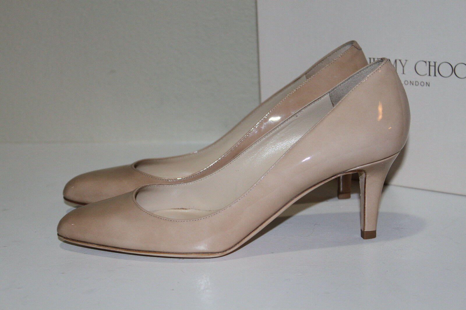 New sz 9.5   39.5 Jimmy Choo Vega Vega Choo Nude Beige Patent Leather Pumps Heel schuhe 1c8e89