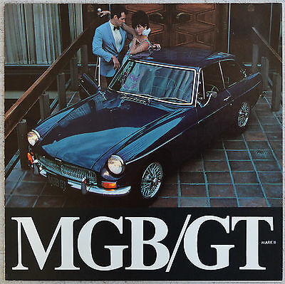 MG MGB GT 1968 fold out brochure showroom fresh