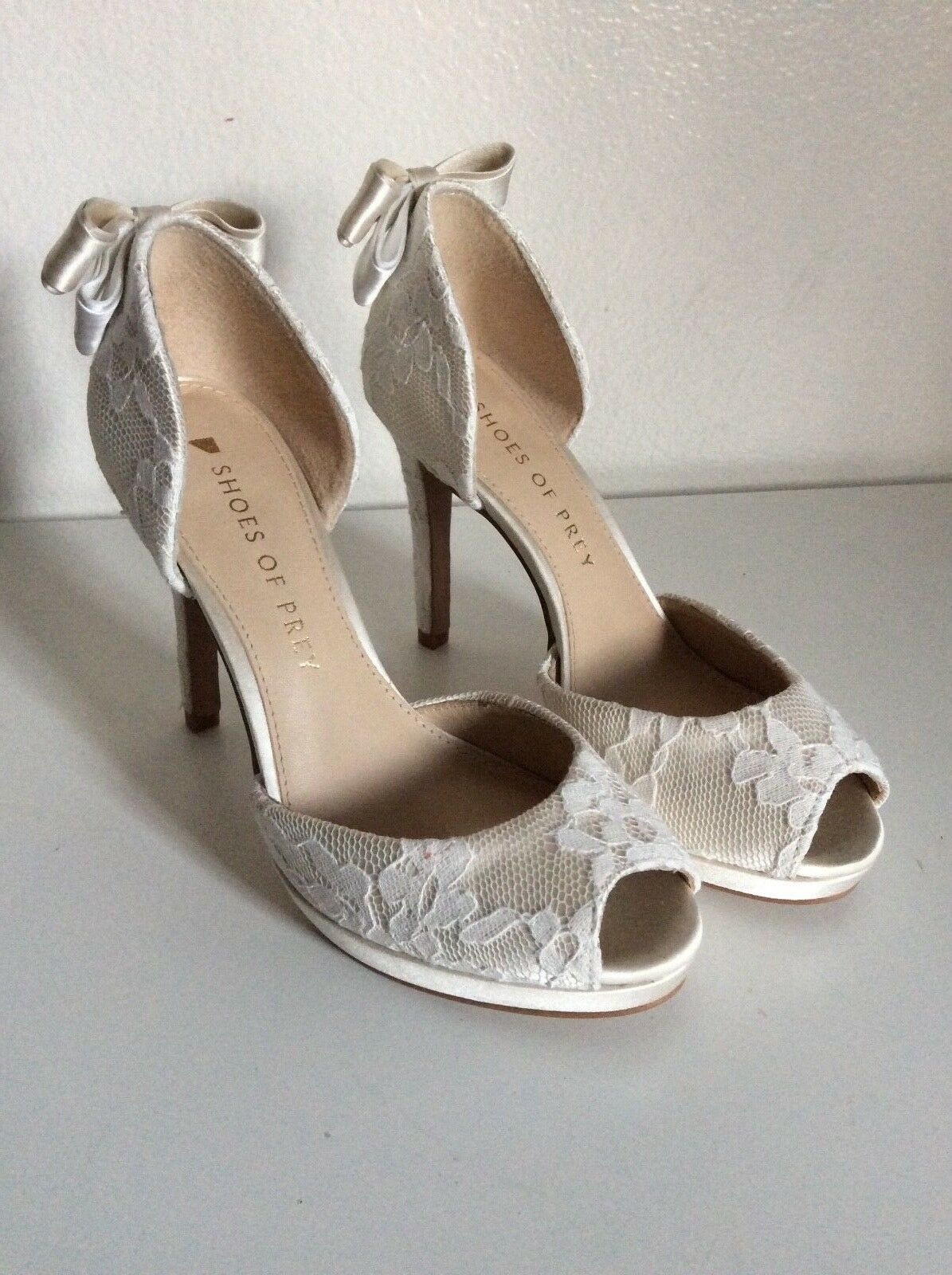 shoes of Prey White Lace Bow Heels Peep Toe Bride Bridal Party 4.5 New