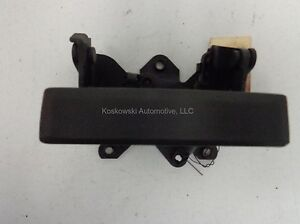 Chevy S10 Tailgate Handle Assembly 94 95 96 97 98 99 00 01 02 03 04 GMC Sonoma