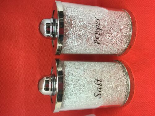 Decorative White Crushed Diamant Salt and Pepper Shakers pour salle à manger table