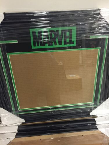 Hulk Marvel 11x14 Horizontal Frame Kit New