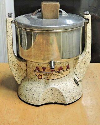 Atlas 240 Juicer by Juice Master Vintage 50's Kitchen Appliance Demo Video
