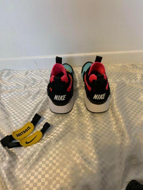 Nike Air Huarache City Women's 11/ Men