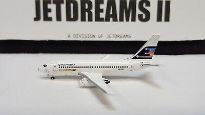 Aeroclassics ACCGWJT WestJet Boeing 737-200 Old Color C-GWJT Diecast 1//400 Model