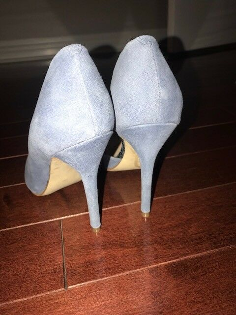 New no no no box GUESS bluee suede stiletto metal toe pointed to  SZ 8M 96bb32