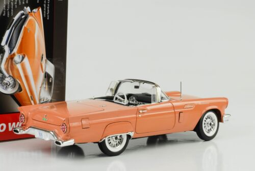 1957 Ford Thunderbird Hardtop Holiday Edition coral sand 1:18 Auto world
