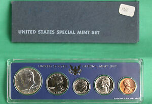 SPECIAL MINT SET..5 COINS..UNCIRCULATED..40/% SILVER HALF DOLLAR..OGP 1966 U.S