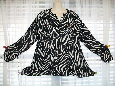 New NWT Rafaella Women/'s Black White Diamond Print Tunic Shirt Top Sizes S M L