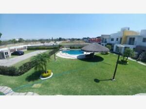Casa en Venta en Condominio Nuevo en COCOYOC  Morelos, Amplias y Modernas, Aplican Créditos