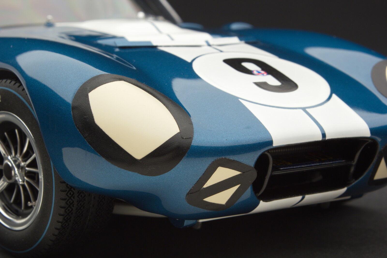 Exoto 1965 Cobra Daytona Coupé  le uomos  Auto No. 9  1 18   RLG18009B