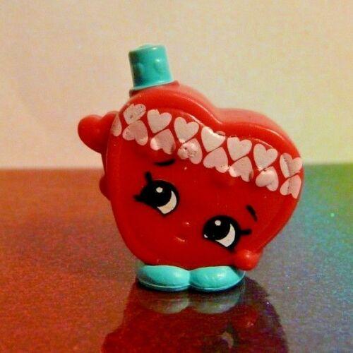 Shopkins Season 9 #1 CANDY KISSES Red Heart Tribe Mint OOP