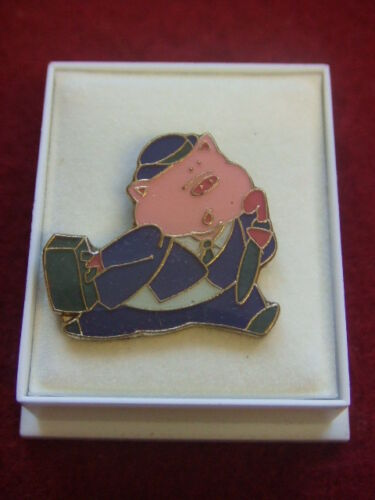 NEW BOXED PIN BADGE BUSINESSMAN PIG RUNNING