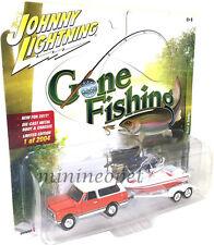 JOHNNY LIGHTNING GONE FISHING JLBT002 1969 CHEVROLET BLAZER w BOAT 1/64 ORANGE