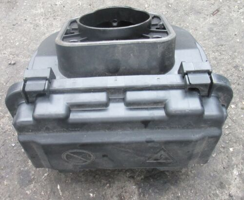 genuine used fusebox fuse box bmw f20 f21 1 series m135i ebay rh m ebay ie bmw f20 fuse box location bmw f20 boot fuse box